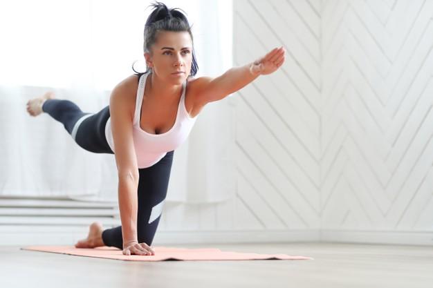 houding yoga beweging